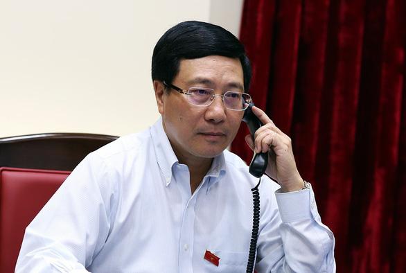 Phó Thủ tướng, Bộ trưởng Bộ Ngoại giao - ông Phạm Bình Minh đã gửi lời chia buồn với các nạn nhân qua Twitter (ảnh: TTO)