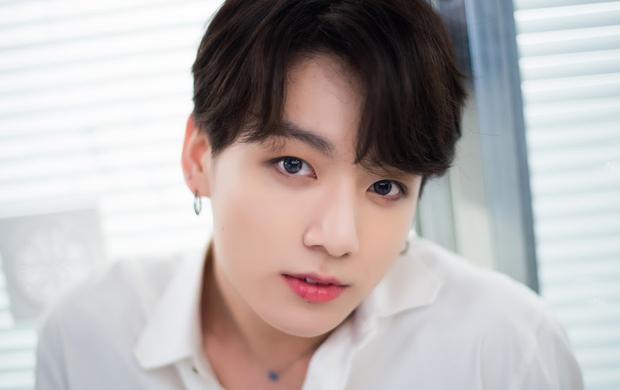 Em út của BTS Jungkook được đánh giá là nhân cách vàng của làng giải trí Hàn Quốc