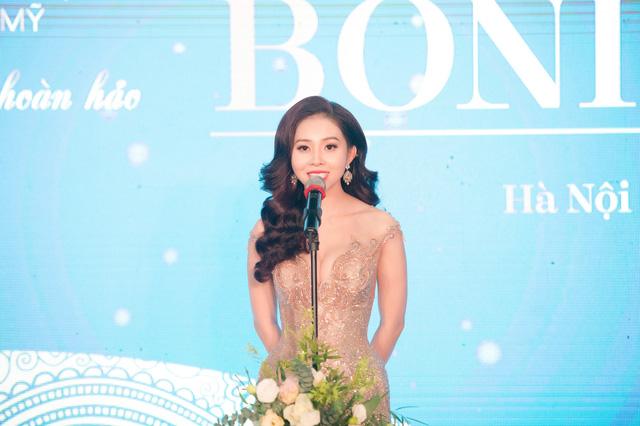 Nguyễn Hoài Thương - nữ Phó giám đốc xinh đẹp TPBank vừa bị khởi tố là ai?