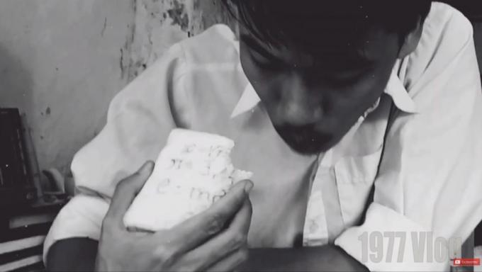 Vlog nhắc lại bánh mì giúp trí nhớ Doaremon- niềm mong ước của rất nhiều học sinh.