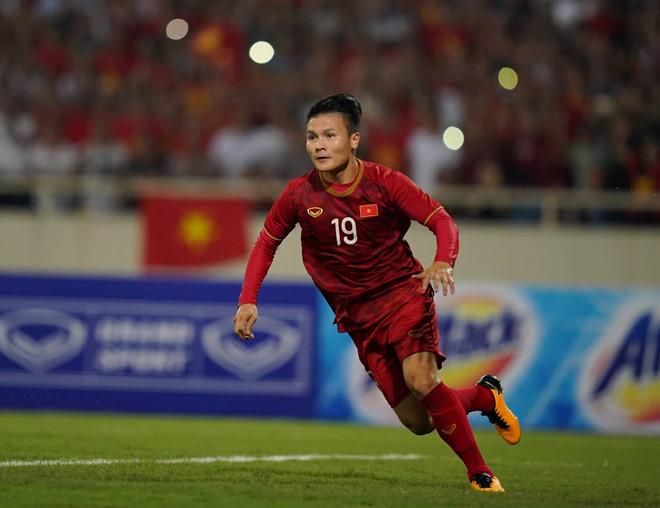 Tiền vệ Quang Hải lọt danh sách đề cử 40 cầu thủ hay nhất thế giới