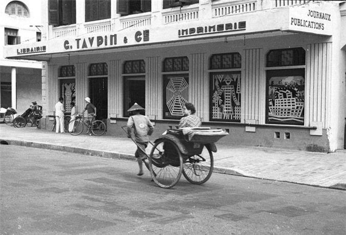 Những bức ảnh hiếm về phố Tràng Tiền  những năm 40 của thế kỉ trước