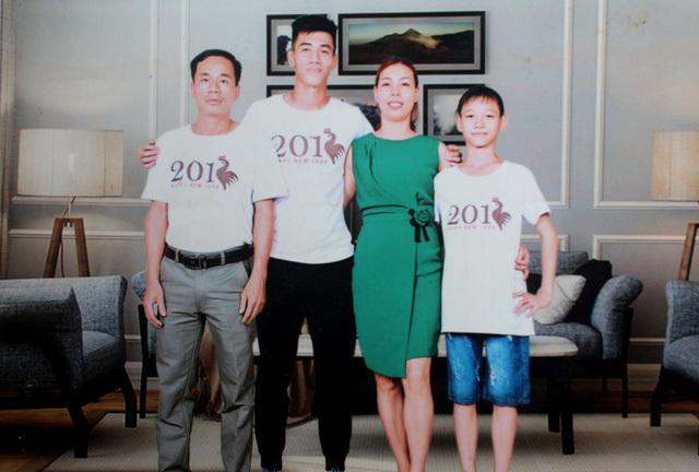 Gia đình Tiến Linh.