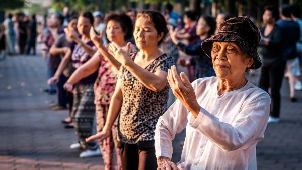 Việt Nam là nước có dân số già hóa thuộc top đầu thế giới