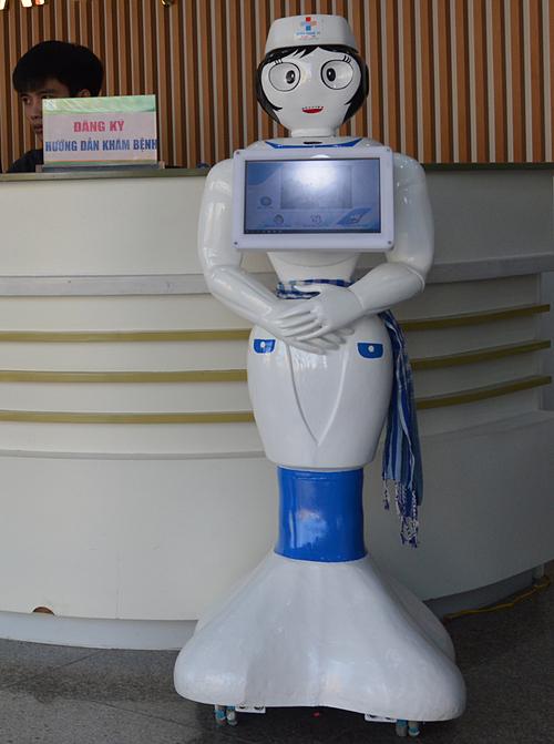 Robot Tấm ở bệnh viện.