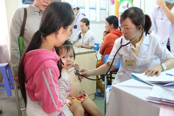 Dịch cúm A bùng phát, giá thuốc Tamiflu tăng từng ngày