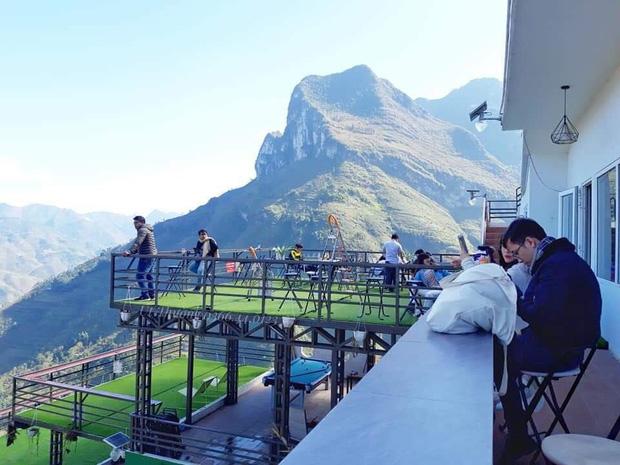 Panorama Mã Pì Lèng kêu gọi du khách mua đồ uống thay cho phí ngắm cảnh