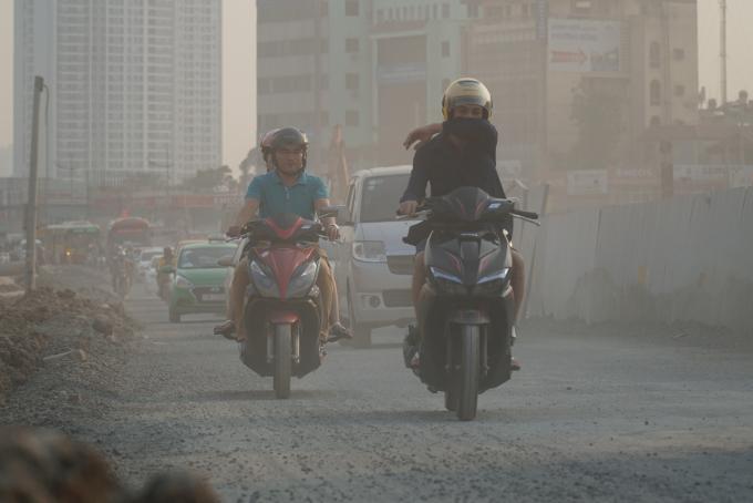 Ô nhiễm không chỉ xuất phát từ nguyên nhân ở nội thành mà còn do ảnh hưởng của các tỉnh lân cận.