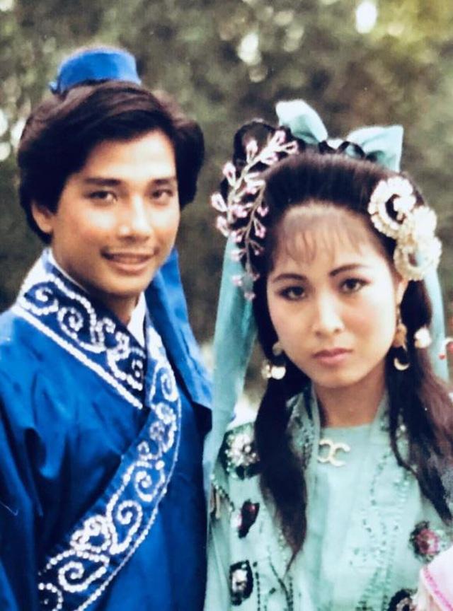 NSND Hồng Vân và Lê Tuấn Anh kỷ niệm 20 năm ngày cưới