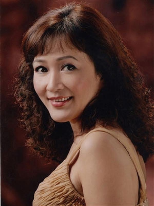 NSND Minh Hòa trong vai