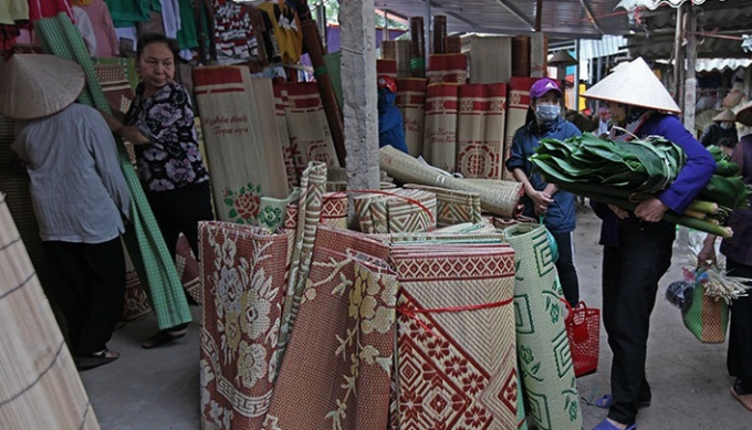 Phiên chợ đặc biệt chỉ dành cho phái nữ vào ngày 22 tháng Chạp