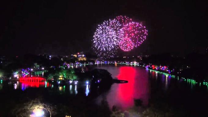 Các địa điểm bắn pháo hoa hai thành phố lớn dịp Tết Nguyên Đán 2020