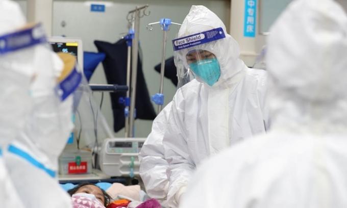 Số người chết vì virus corona tăng lên 170 người