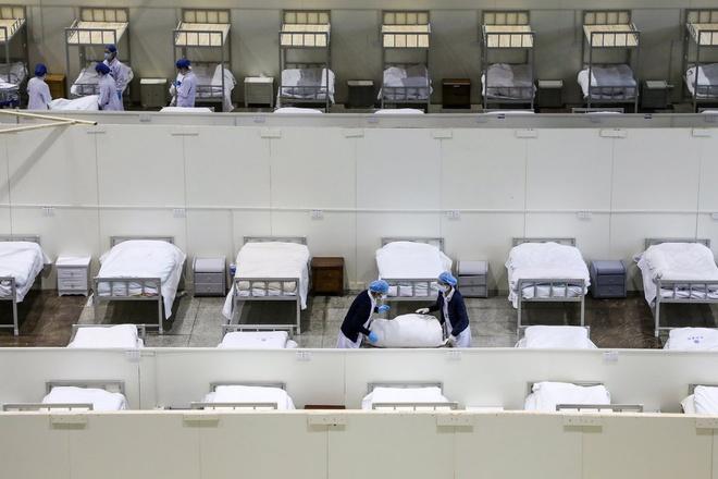 Bệnh viện dã chiến tại Trung Quốc đã hoàn thiện.
