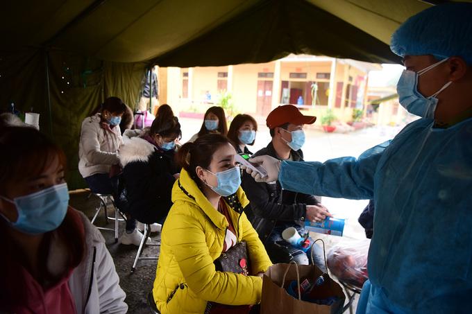 Bên trong khu vực cách ly công dân Việt Nam trở về từ Trung Quốc