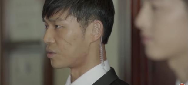 Thượng uý Ahn Jung Joon trong Hậu duệ mặt trời.