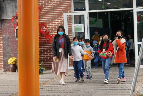Bộ GD&ĐT: Có thể cho học sinh đi học trở lại khi có các biện pháp ngăn ngừa dịch bệnh