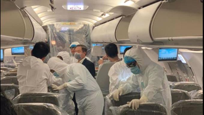 Hãng hàng không liên tục tăng cường công tác kiểm tra, phòng dịchbệnh.