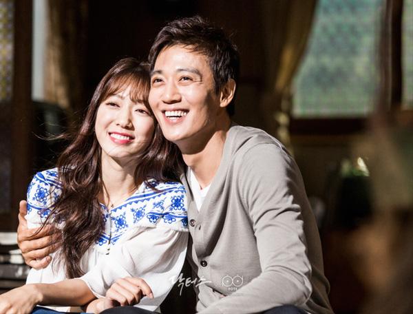 Park Shin Hye đã có màn kết hợp ăn ý với đàn anh Kim Rae Won.