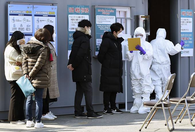 Hàn Quốc miễn phí điều trị người Việt nhiễm virus covid-19 theo tiêu chuẩn WHO