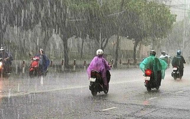 Không khí lạnh tràn về gây mưa giông ở khu vực Bắc Bộ