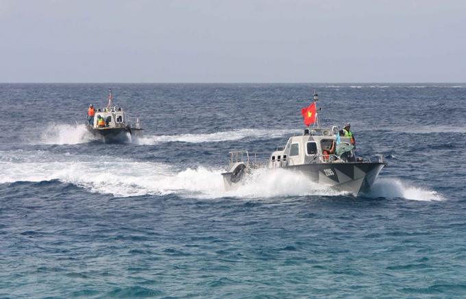 Bộ đội Trường Sa luôn nắm chắc tình hình trên biển, không ngừng nâng cao cảnh giác, trình độ huấn luyện và năng lực phòng thủ, sẵn sàng chiến đấu.