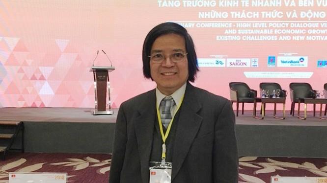 Giáo sư Trần Văn Thọ.