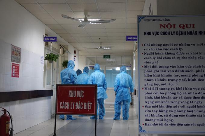 Việt Nam có 6 ca nhiễm mới, nâng tổng số lên 218, 3 ca từ bệnh viện Bạch Mai