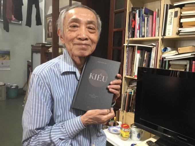 Dương Tường hoàn thành bản dịch truyện