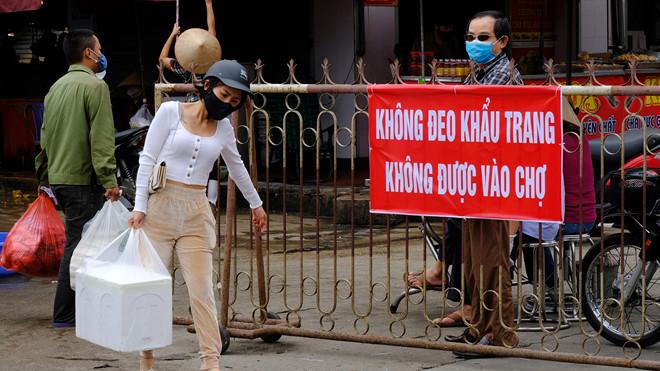 Thành phố Hạ Long bêu tên người đi chợ quá 2 lần/ngày trên thông tin đại chúng