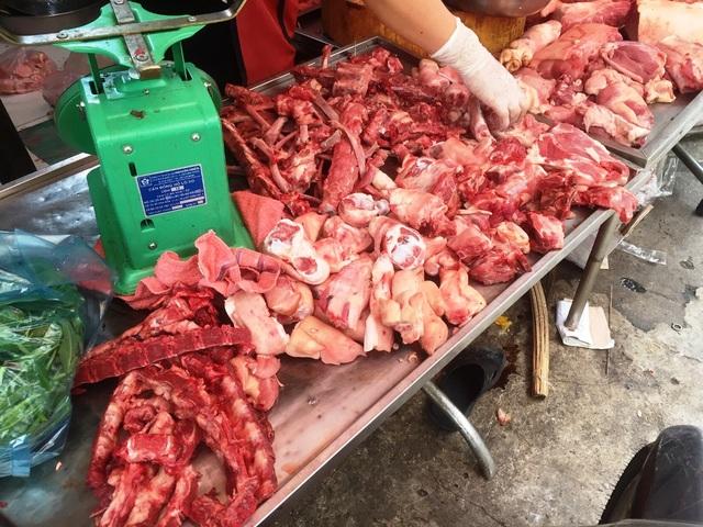 Giá thịt lợn tăng kỷ lục bất chấp lệnh yêu cầu giảm của Chính phủ