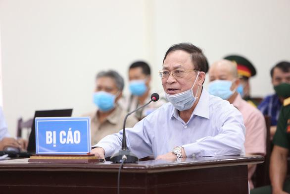 Cựu thứ trưởng Bộ Quốc phòng Nguyễn Văn Hiến tại tòa - Ảnh: TTQS