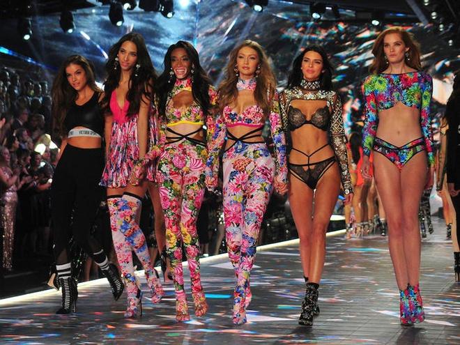 Victoria's Secret đang dần chìm trong khủng hoảng