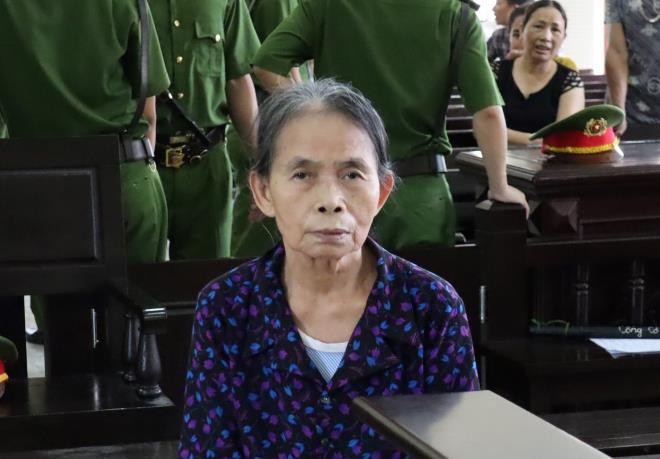 Bị cáo Hường tại phiên tòa.