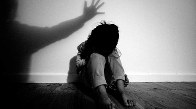Tình trạng trẻ bị xâm hại, bạo hành diễn ra nhiều trong những năm gần đây.