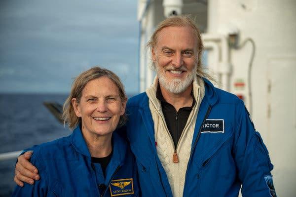 Kathy Sullivan và Victor Vescovo.
