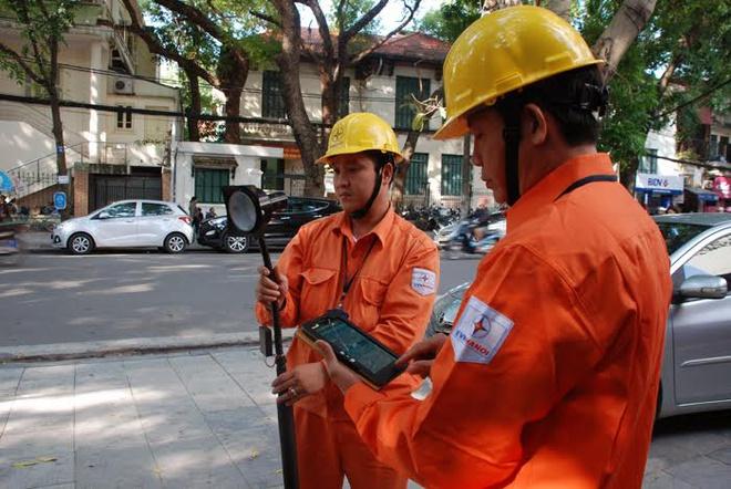 Mỗi tháng có  hơn 2.000 trường hợp ghi sai số công tơ điện, EVN nói gì?