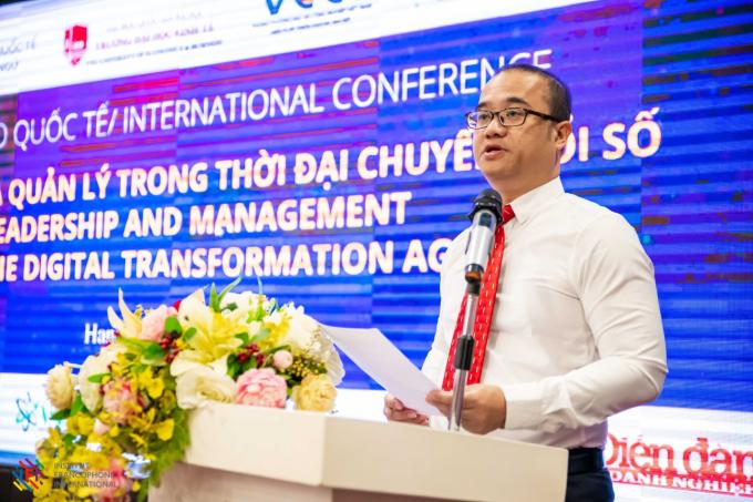 Hiệu trưởng Trường ĐH Kinh tế, PGS.TS Nguyễn Trúc Lê phát biểu tại Hội thảo