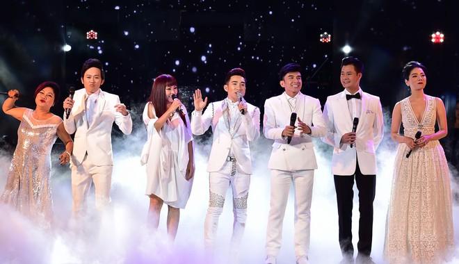 Đơn vị tổ chức live concert Quang Hà - Trăm năm không quên bị VCPMC kiện ra tòa do vi phạm tác quyền âm nhạc. ẢNH: LÝ VÕ PHÚ HƯNG