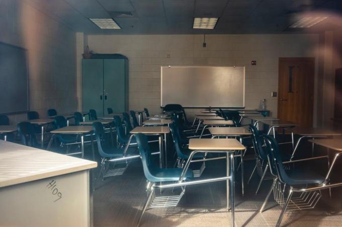 Nhiều trường ở Mỹ đã đóng cửa, chuyển sang giảng dạy online vì dịch Covid-19. Ảnh: New York Times.