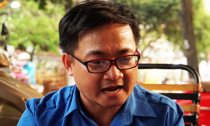 Thầy giáo môn Ngữ văn Phạm Quốc Đạt - người kiện Trường THPT Võ Trường Toản.
