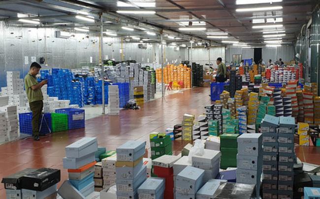 Doanh thu tổng kho hàng lậu 10.000m2 ở Lào Cai lên đến gần 650 tỷ sau 2 năm hoạt động