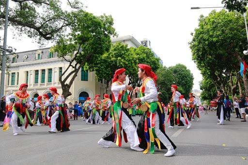 Hà Nội tạm dừng tổ chức các lễ hội và các hoạt động tại phố đi bộ hồ Hoàn Kiếm