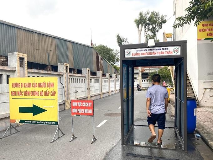 Các bệnh viện Hà Nội siết chặt biện pháp phòng Covid-19