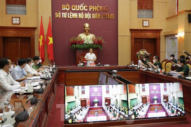 Phó Thủ tướng Vũ Đức Đam họ trực tuyến cùng Bộ Tư lệnh Bộ đội Biên phòng (BĐBP) vào chiều 11/8.