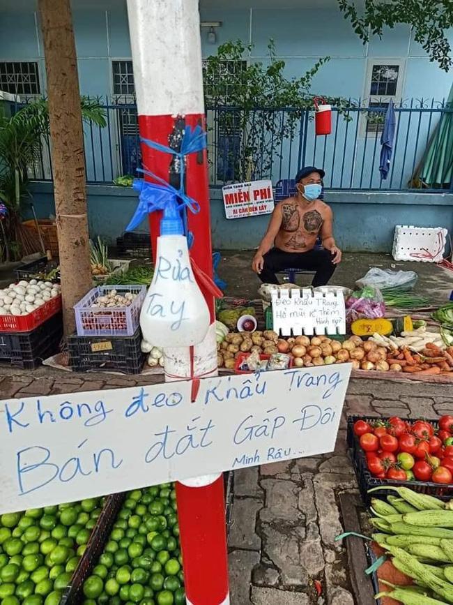 Những câu slogan cực ý nghĩa của anh Minh Râu.
