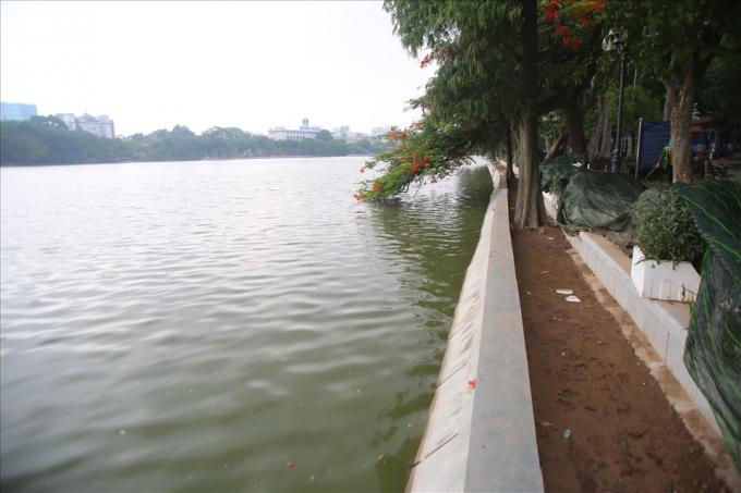Dự án cải tạo kè hồ, hợp long tổng chiều dài gần 1.500 m toàn tuyến.
