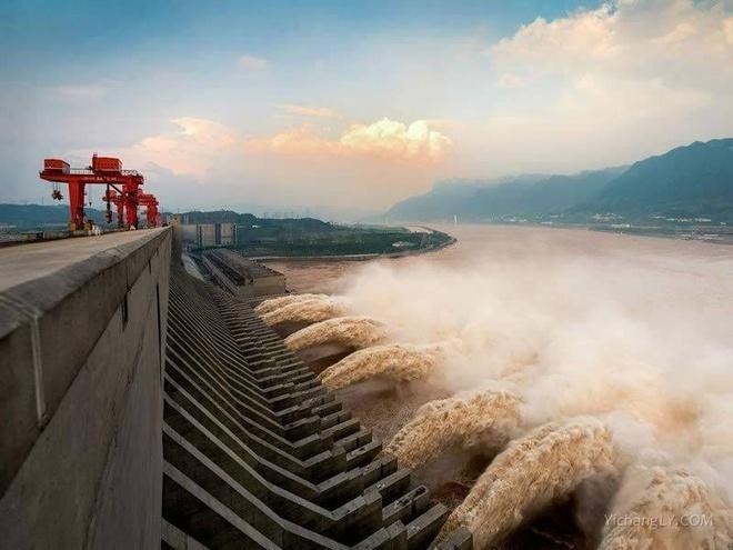 Nước tại hồ chứa của đập Tam Hiệp hiện đã ở mức 166 m. Ảnh: China Daily.