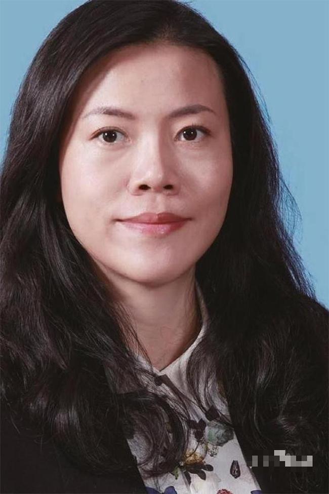 Nữ tỷ phú giàu nhất Trung Quốc Dương Huệ Nghiên.