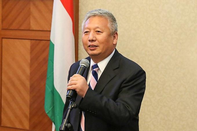 Ông Đoàn Khiết Long, đại sứ Trung Quốc tại Hungary. Ảnh: SCMP.